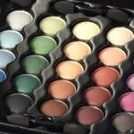 Zmile Cosmetics Βαλιτσάκι μακιγιάζ 82 τεμαχίων